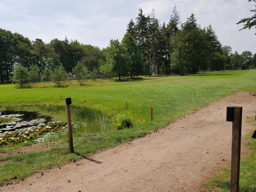 Bezoekers tellen op golfterrein